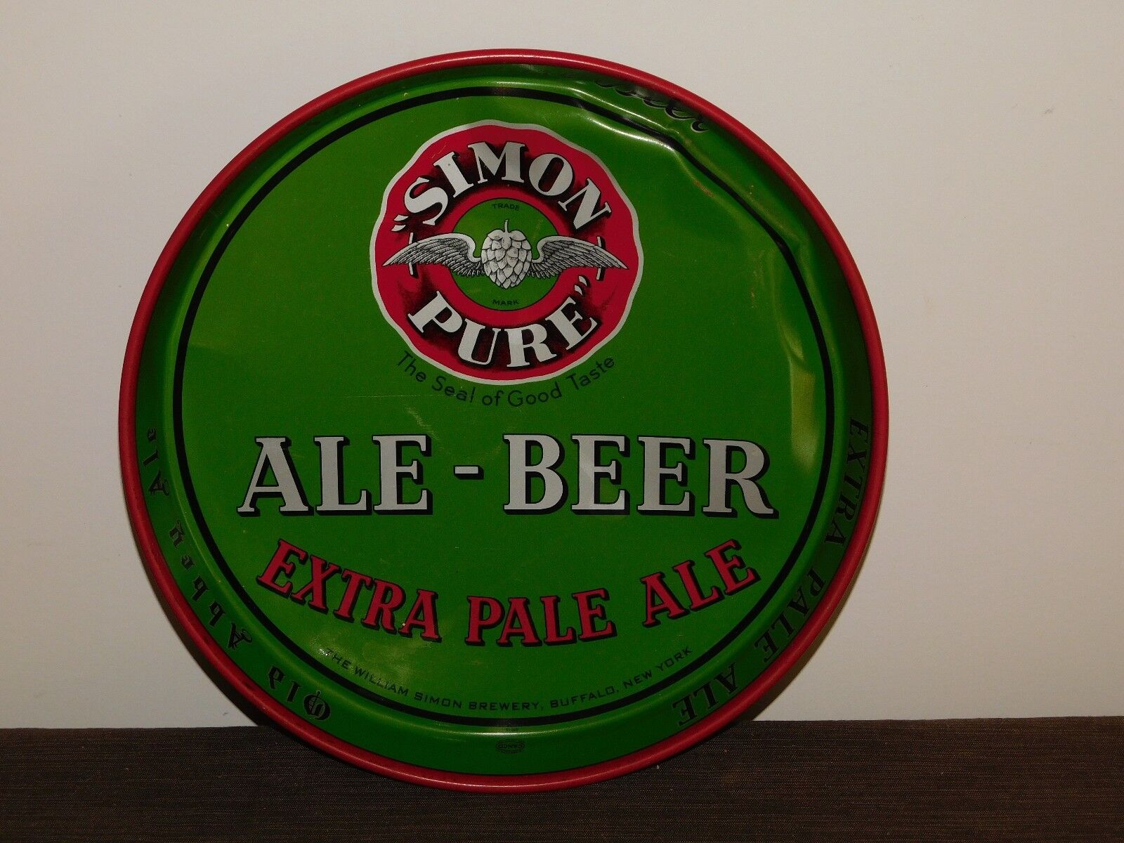 "VINTAGE BAR 11 3/4"" ACROSS SIMON PURE BEER & ALE METAL SERVING TRAY"