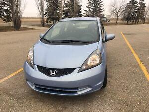 2010 Honda Fit LOW Kms