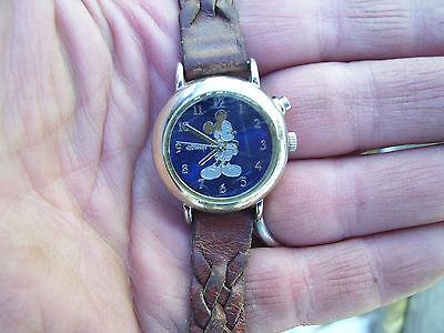 vintage UNISEX DISNEY MICKEY MOUSE Wristwatch Analog MC0179 WATCH