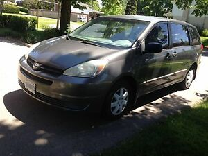 Toyota Sienna 2004 - great family ride