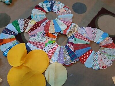 Vintage Dresden Plate Flower Quilt Pieces 13 Flowers 13 Middles