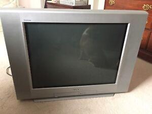 """Sony Trinitron 27"""" TV"""