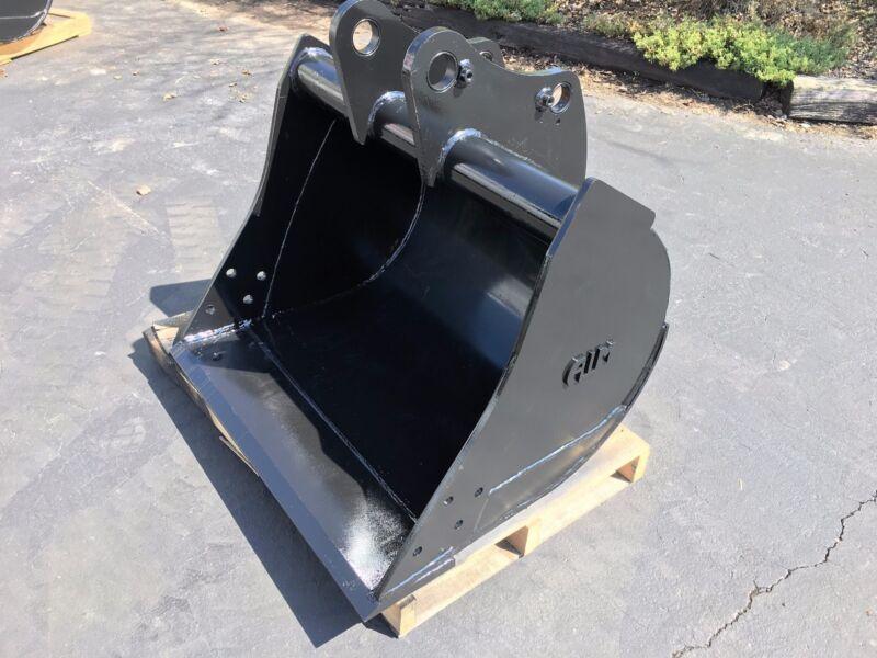 """New 36"""" John Deere 310e Backhole Bucket With Coupler Pins - No Teeth"""