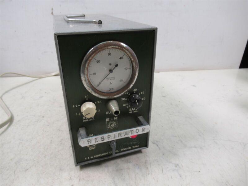 E&M Instrument Physiograph V100KG Respirator Laboratory Air Pump