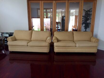 Pair of 2 Moran Sofa Beds Doncaster Manningham Area Preview
