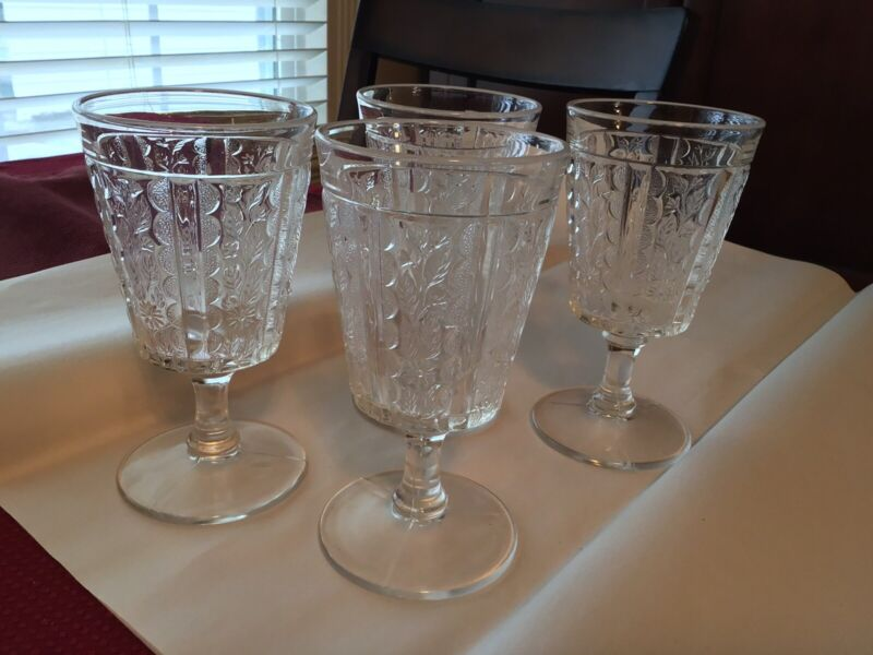 Four Vintage Panelled Daisy Early American Pattern Glass Goblets