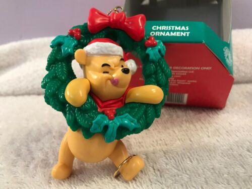 Christmas ornament disney winnie the pooh in christmas wreath EX6834