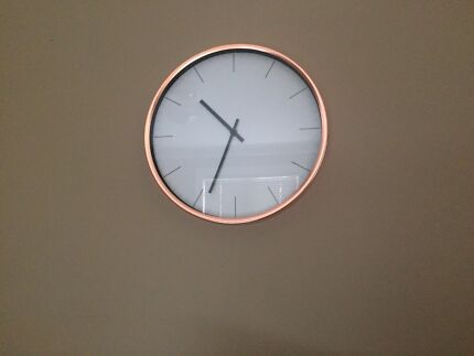 Wall clock ( quick sale )