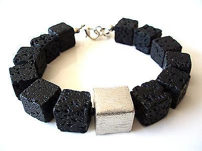 A Sign *Abendstern* Lava-Massiv 10 mm Armband Würfel gebürstet schwarz/silber gebraucht kaufen  Mönchengladbach
