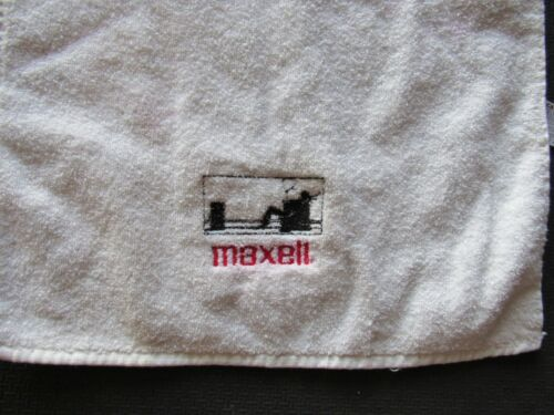 Vintage Maxell Tape Blown Away Guy Golf Towel Ultra Rare  Made in USA