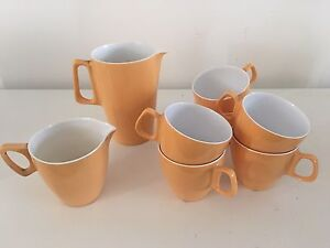 Retro vintage cups set jug and creamer collectables Merewether Newcastle Area Preview