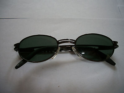 LEVEL ONE METAL CUT OUT WOMANS SUNGLASSES LIGHT GREEN (Level One Sunglasses)