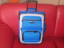 Henselite Lawn Bowls Bag in New Condition Wheels/Handle/As New Surfers Paradise Gold Coast City Preview