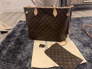 GM . Real leather bag . LV