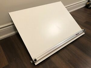 """Portable drafting board with parallel scale 26""""x20"""""""