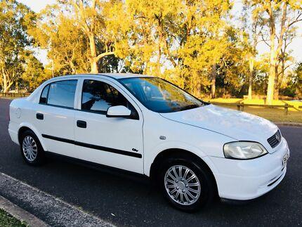 2001 Holden Astra City Sedan Low Kms Log Books White