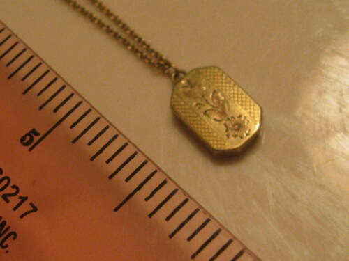 ANTIQUE MARKED 10K  SOLID GOLD ADORABLE MI LOCKET CHAIN NECKLAC FOR BABY? 1.9GMS