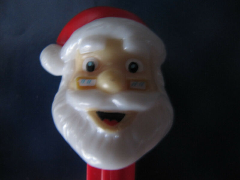 PEZ dispenser SANTA CLAUS, works.1970s-1990s.original candy toy=ProductsOverTime