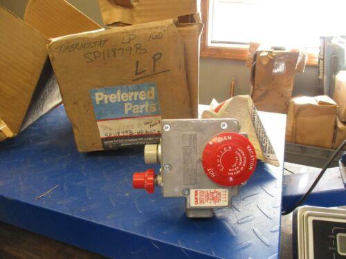 ROBERTSHAW 76-136-037 NATURAL GAS HEATER CONTROL 1/2 PSI #227835T NIB