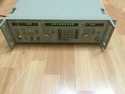 Anritsu Mg3631a Synthesized Signal Generator 10khz To 1.04ghz 1040mhz