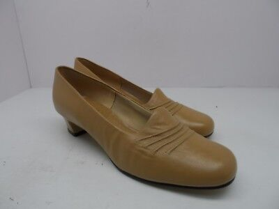 Freedom Synthetic Leather - Barefoot Freedom Women's Casual Dress Leather Pump Light Brown Size 9.5B