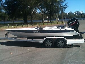 Hallett ski boat 200 mercury outboard Woodvale Joondalup Area Preview