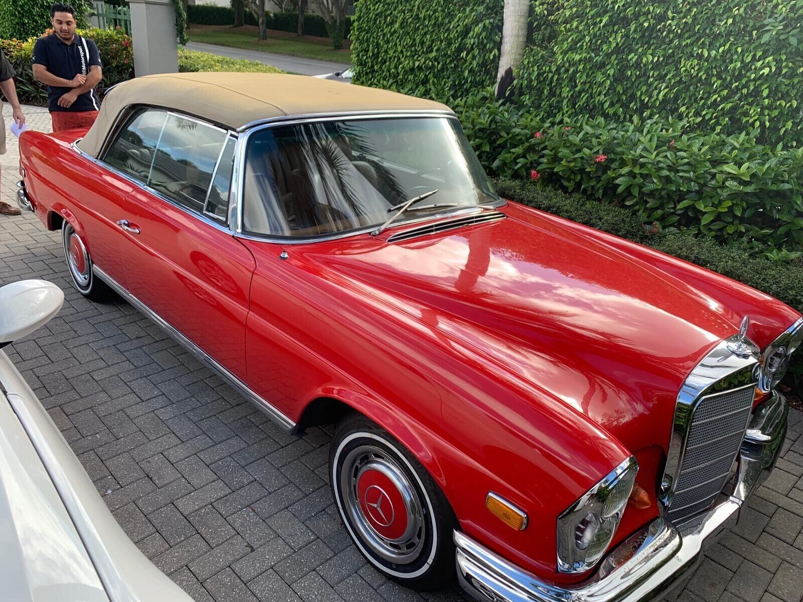 Mercedes-Benz 280 SE factory Cabriolet  1969 high grill, priced to sell!