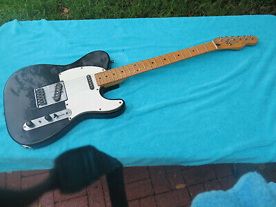 Fender Squier Telecaster Guitar 1987 Korea Black Plays great Soft Case no reserv