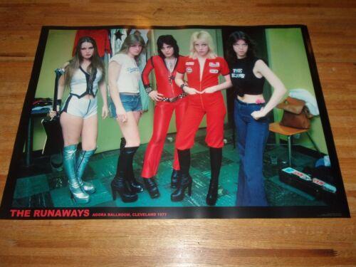 The Runaways Group Poster 23 X 33  ( Joan Jett  Lita Ford )