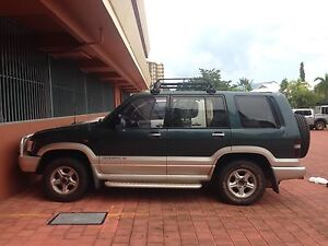 Broken down 1998 Holden Jackaroo Darwin CBD Darwin City Preview