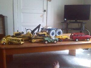 Tonka toys for sale. best offer.