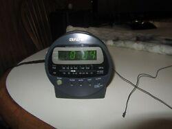 Aiwa Radio Reciver Model No. FR-A37U AM/FM Alarm Clock