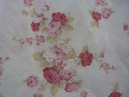 Mary Rose Quilt Gate Fabric Raspberry and Pink Cabbage Roses on Pinky Cream