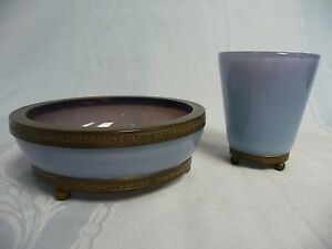 LOVELY-ANTIQUE-OPALINE-LAVENDER-GLASS-VANITY-SET-GLASS-BOWL-ITALY