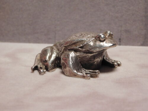Sterling silver frog by S.Kirk & Son