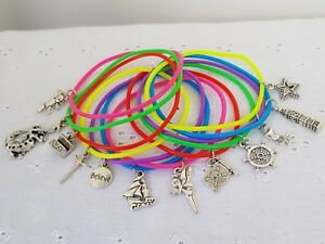 12 PETER PAN THEME BRACELETS GUMMY BAND CHARM PARTY BAG