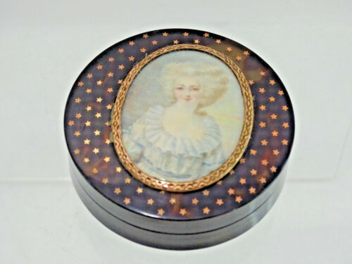 STUNNING ANTIQUE EUROPEAN SNUFF PILL BOX GOLD INSET STARS HAND PAINTED MINIATURE