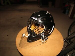 Looking for Itech goalie mask with cat eye cage