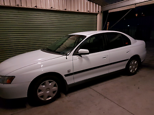 Holden commodore 04 vy Seahampton Lake Macquarie Area Preview