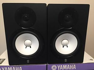 Yamaha HS80M Studio Monitors