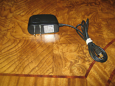 Travel Wall Charger for Cell Phone MOT-V3 – AC 100V-240V