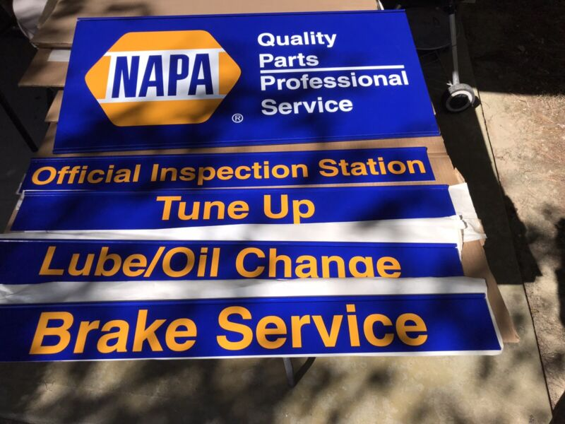 NAPA NEW OLD STOCK 5 PIECE SIGN GROUP  WITH BOX