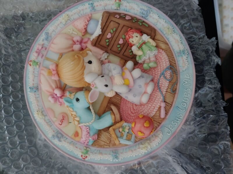 """precious moments """"Jesus Loves Me"""" plate"""
