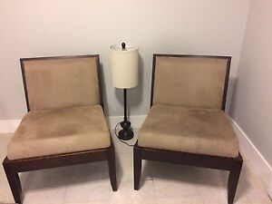 Accents chairs