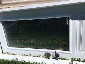 Lot porte patio fenêtres et porte entrée