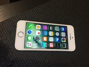 iPhone 5s 32gb silver brand new condition unlocked Cannington Canning Area Preview