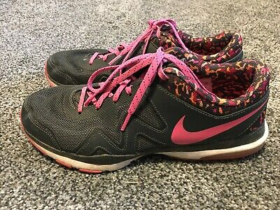 Nike Womens Sculpt TR 2 Sneakers Shoes Size 9 Black Pink Preowned