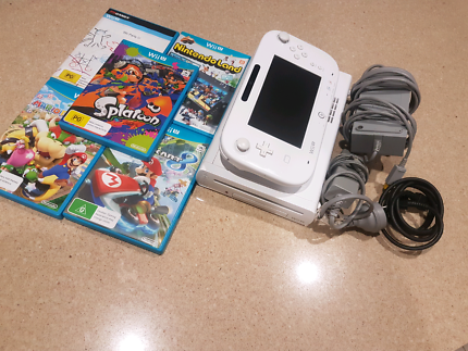 Nintendo Wii U Console/GamePad [Plus 5 Games]