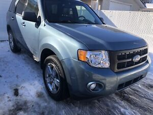 2012 Ford Escape Limited 4WD remote startar