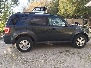 Certified Ford Escape AWD- 2009